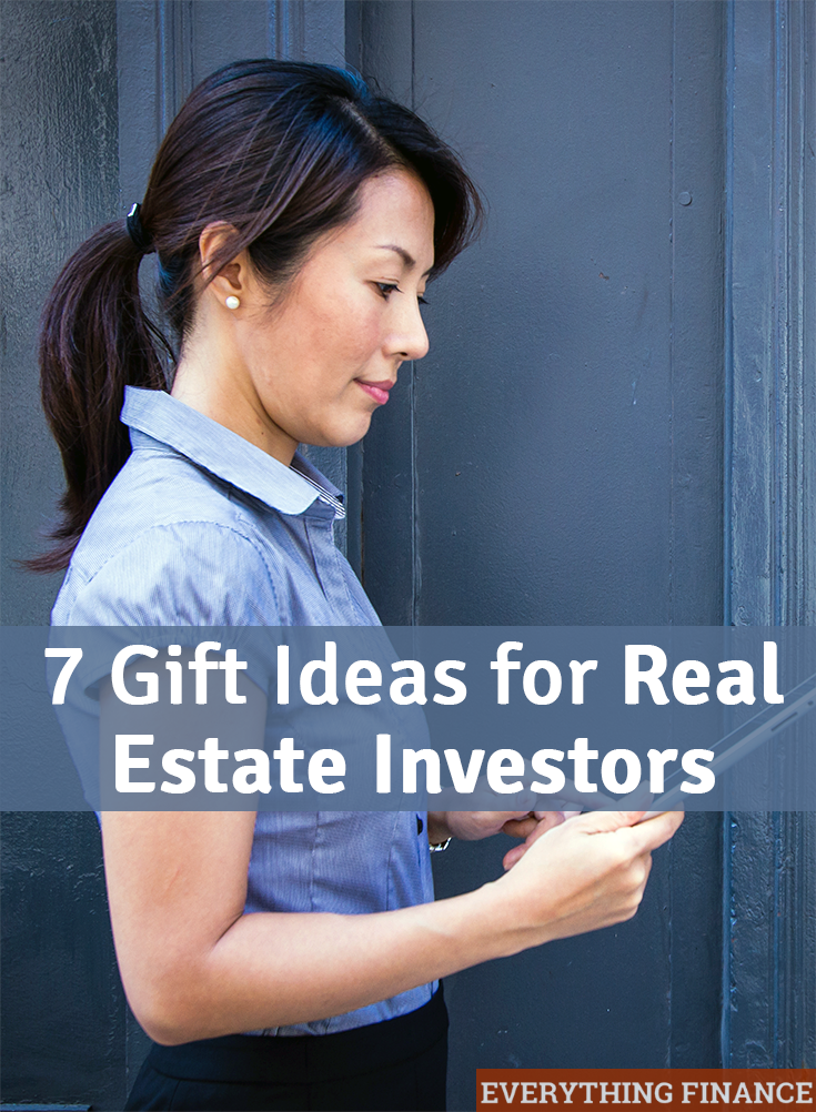 """Want to know how to say """"thank you"""" to your real estate agent or investor? These 7 gift ideas for real estate investors are great!"""
