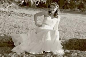 wedding-dress-650907_1280